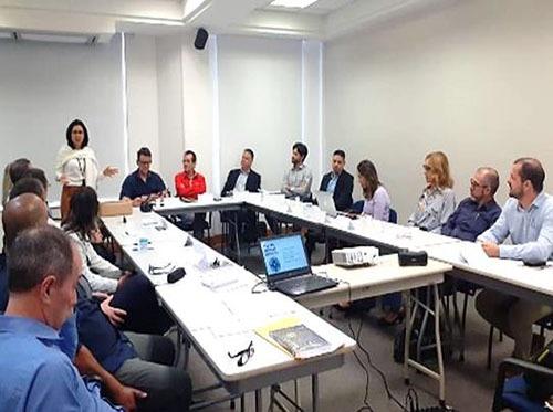 Actioncoah enseña a empresarios de Brasil