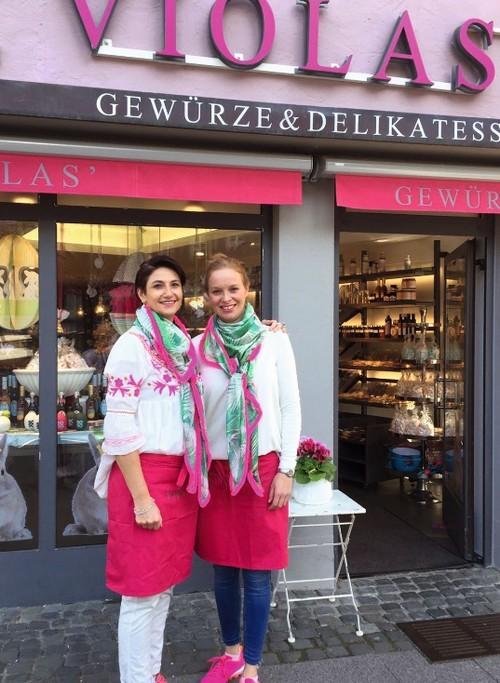 Astrid Schneider-Kloos und Julia Schröter.jpg