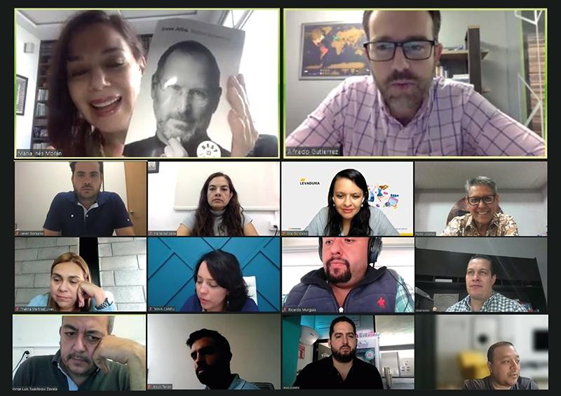 Sesión de BookCLUB de ActionCOACH Iberoamérica